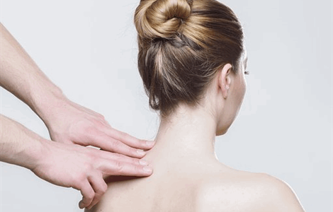 Home doctor for muscle pain in Sotogrande
