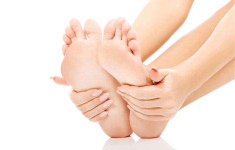 Home Doctor Service for broken toe in Torremolinos